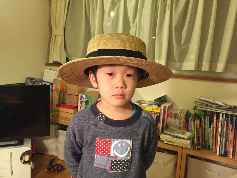 グログランの麦わら帽子1