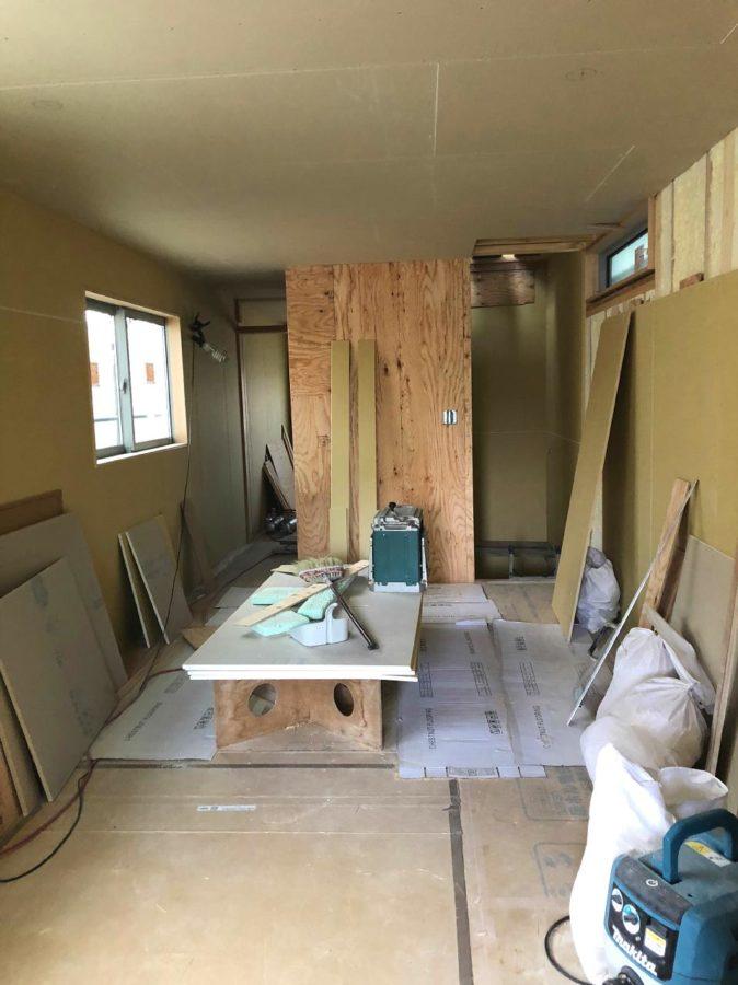 【森下町新築】内壁が貼られました3